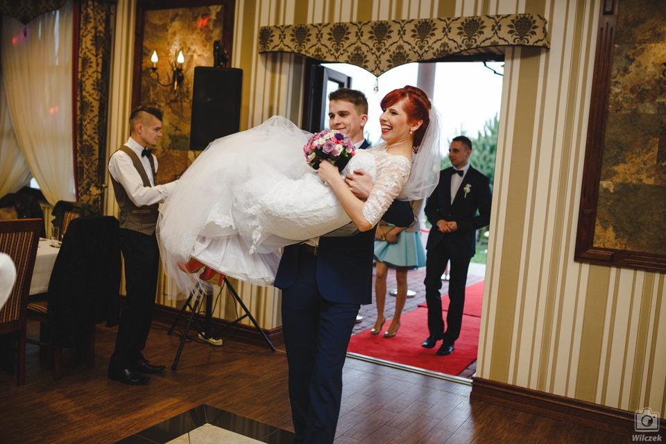 fotograf slubny lubartow 087 - Beata i Grzegorz / Fotografia Ślubna Lubartów