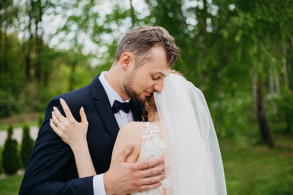 fotograf na wesele 034 - Karolina i Paweł / Gościniec pod Lasem
