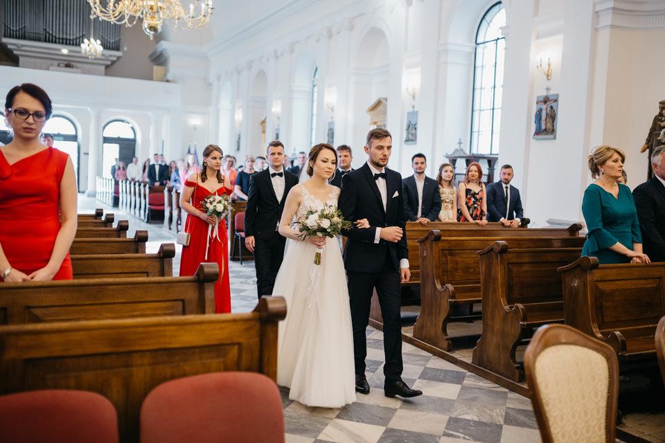 fotograf na wesele 042 - Karolina i Paweł / Gościniec pod Lasem